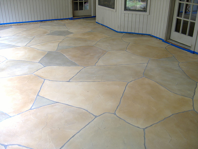 patio with trowel down overlay