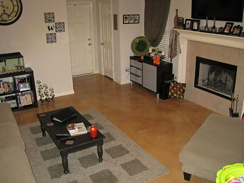 tan colored microfinish overlay with throw rug