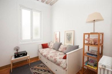 Calle Mayor Twin Bedroom