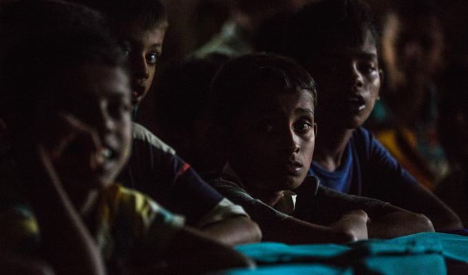 MYANMAR enfants