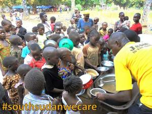 South Sudanese children waiting for food