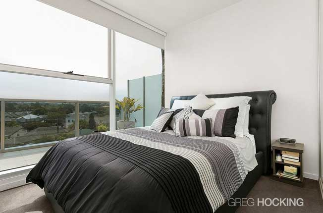 511/1101 Toorak Road Camberwell bedroom