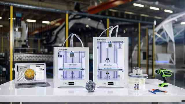 Ultimaker 3D Printer (how to choose a 3d printer)