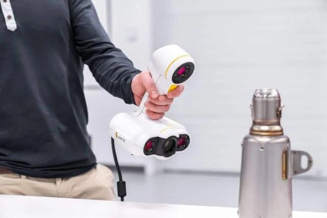 3D scanning an object