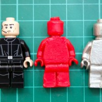 Sugru's Head of R&D Explains the Process of Casting Objects Using Sugru Molds