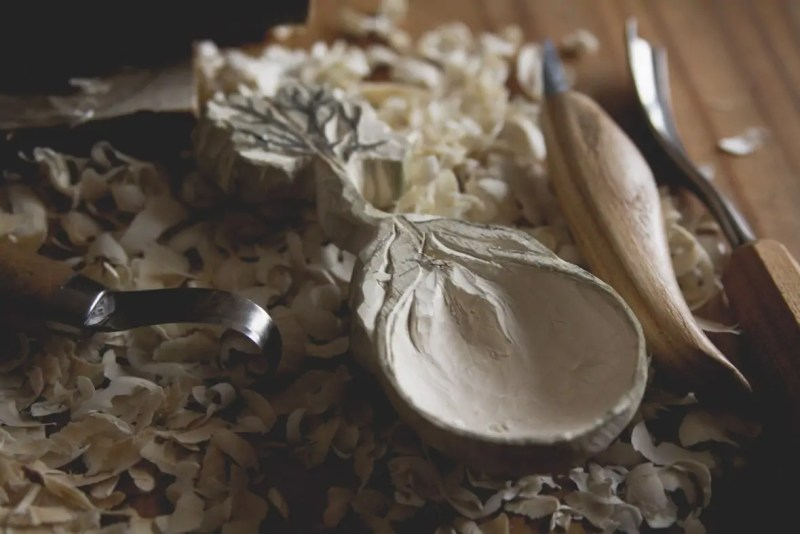 hand-carved-spoon-by-giles-newman-101
