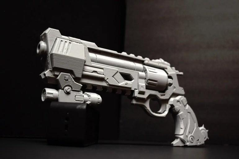 overwatch-mccree-blackwatch-peacekeeper-pistol-3d-print-02