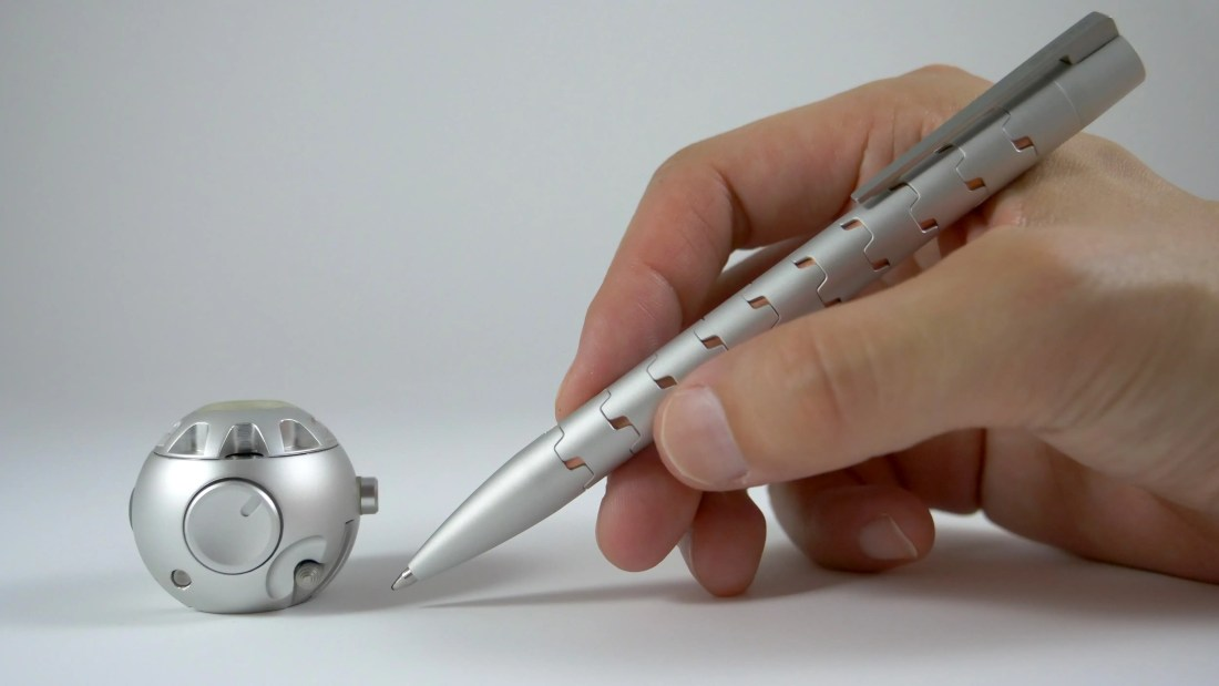This is What Happens When You Turn a Fidget Spinner Into a Machined Pen