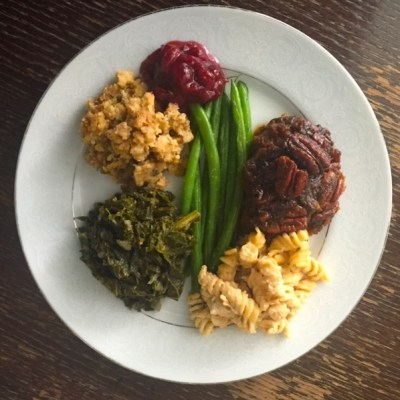 A Vegan Christmas Meal for My Non-Vegan Family + Get A free Vegan Chocolate Cake Recipe