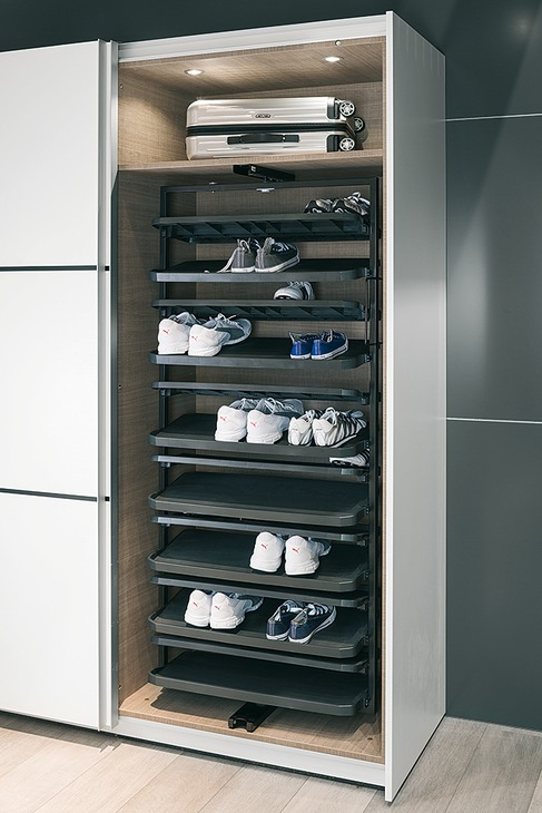 Shoe Rack Extending Amp 180 Rotating For Tall Cabinets
