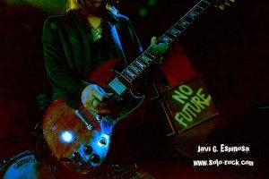 los_labios_madrid_el_sol_2019_live_directo_charlie_cepeda_guitarra_guitar