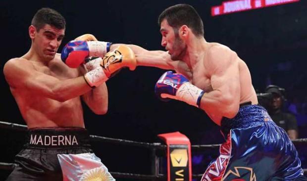 Artur Beterbiev vs Ezequiel Maderna (Dave Nadkarni / Premier campeones de boxeo)