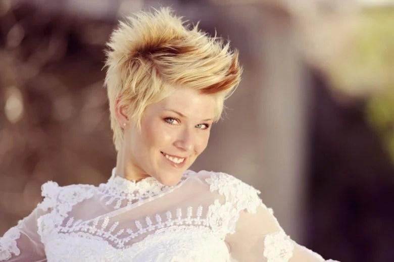 bridal-hairstyles-1525867072
