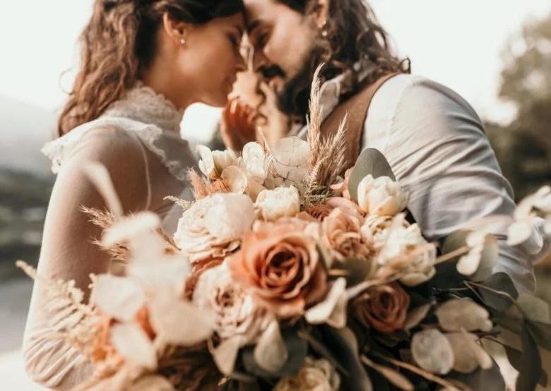Organizing a wedding bridal trends 2021