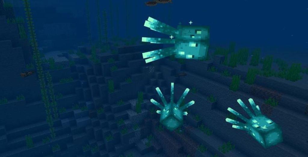 Minecraft-Caves-and-Cliffs-mobs-screenshots