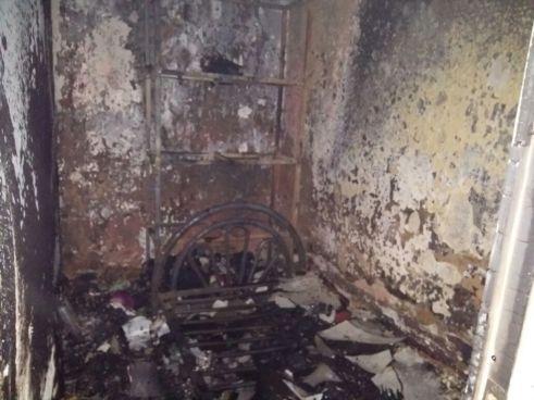 Familia muere asfixiada tras un incendio dentro de su casa en Santa Ana