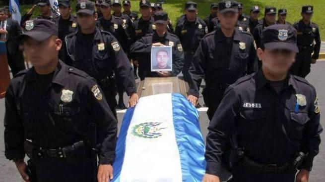 19 policías y 9 militares asesinados en lo que va del año