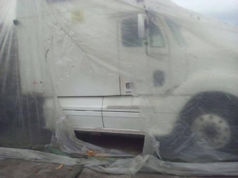 Motorista muere asfixiado dentro de un furgón en la frontera El Amatillo