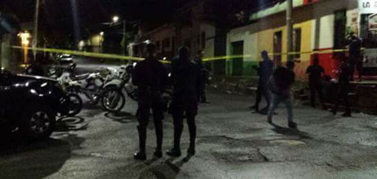 Pandillero que asesinó a un motorista muere al enfrentarse a policías en San Salvador