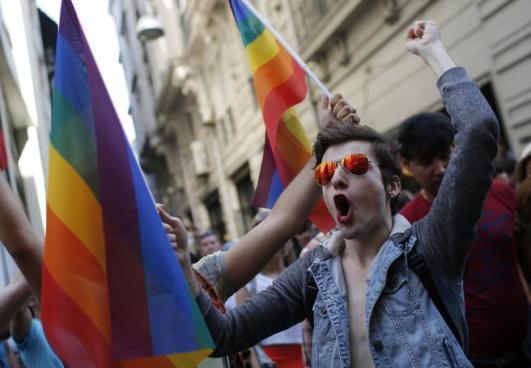 Turquía prohíbe la marcha por el orgullo LGTB