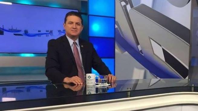 Juan Valiente arremete en contra de la diputada Carolina Rodríguez
