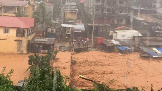 Inundaciones dejan más de 300 personas fallecidas en Sierra Leona