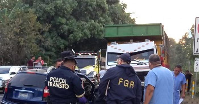 Cuatro fallecidos y un lesionado tras aparatoso accidente en San Luis Talpa