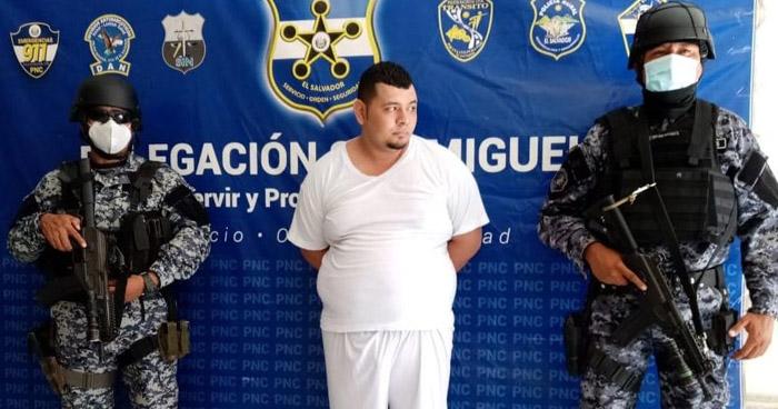 Capturan a pandillero sobre quien pesaban 52 órdenes de captura