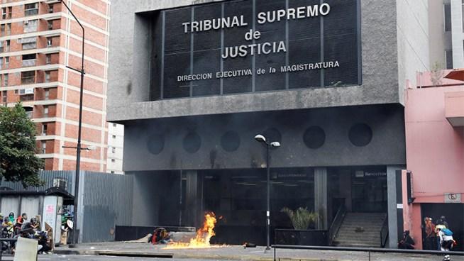Presidente del Tribunal Supremo de Venezuela asegura que están bajo una amenaza terrorista