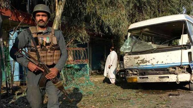 Al menos ocho muertos por atentado suicida en Afganistán