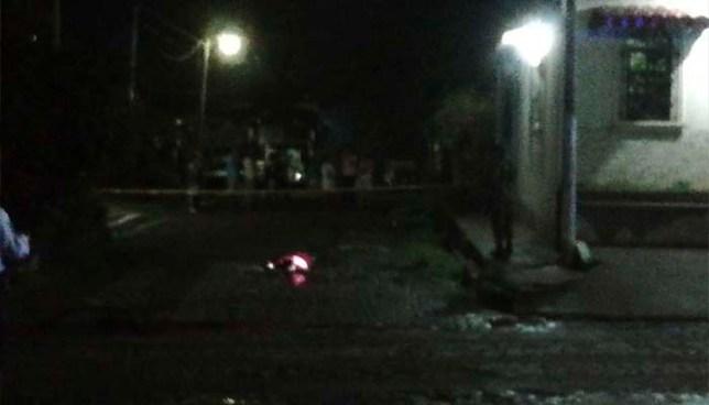 Autobús atropella a joven ciclista, lo mata y se da a la fuga en Izalco