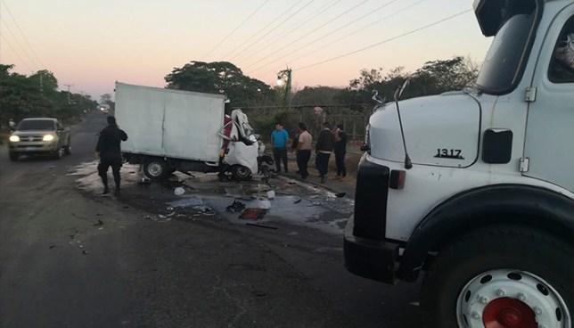 Choque frontal entre dos camiones deja un fallecido en La Unión