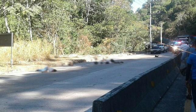 Dos motociclistas mueren tras ser atropellados en la carretera hacia el Puerto de La Libertad