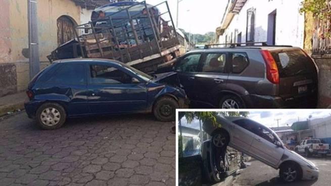Autobús que transportaba estudiantes protagoniza aparatoso accidente de tránsito en Sonsonate