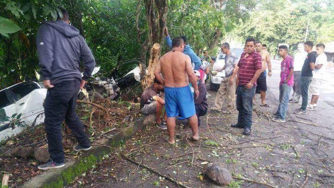 Jugadores del AD Chalatenango sufren accidente de tránsito
