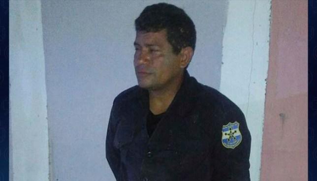 Ordenan la detención de pandillero que fue atrapado con vestimentas policiales en Apopa