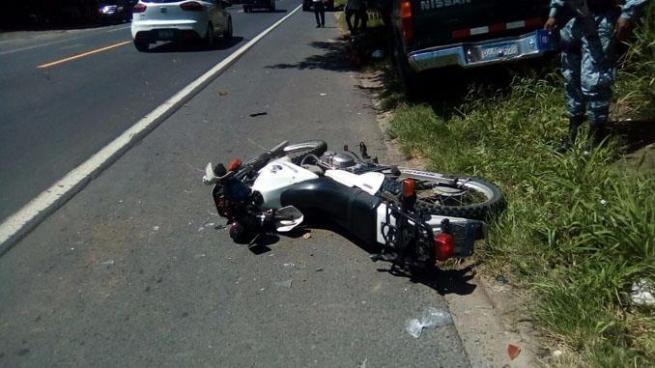 Policías resultaron gravemente heridos tras sufrir un accidente de tránsito en Zacatecoluca