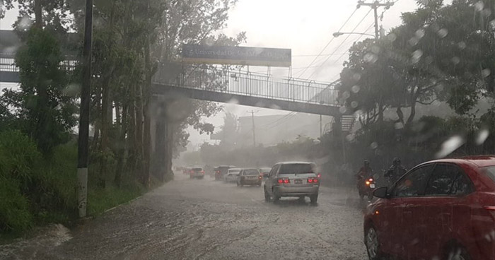 Protección Civil emite alerta a nivel nacional por continuidad de lluvias
