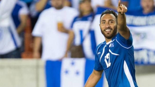 Arturo Álvarez regresa a la Selecta pero lamenta la situación del fútbol nacional