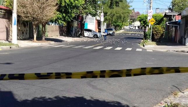 Pandilleros ametrallan un carwash y hieren a un empleado en Mejicanos