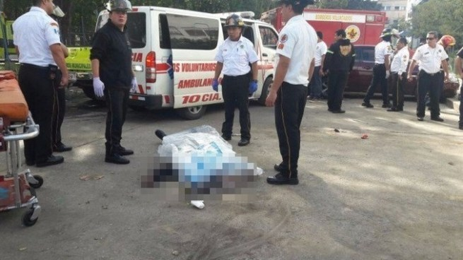 Siete muertos y varios heridos tras ataque armado de pandilleros en hospital de Guatemala