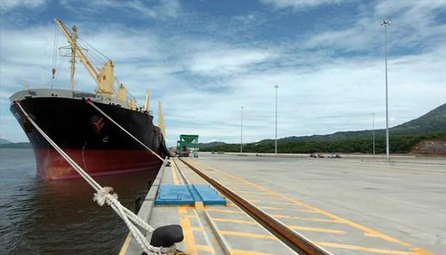 El misterio de buque valorado en $1.8 millones vendido a $1 por el hermano de José Luis Merino
