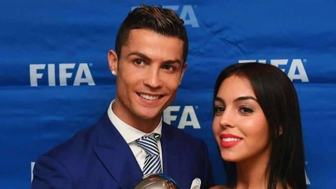 Cristiano Ronaldo confirma que será padre por cuarta vez