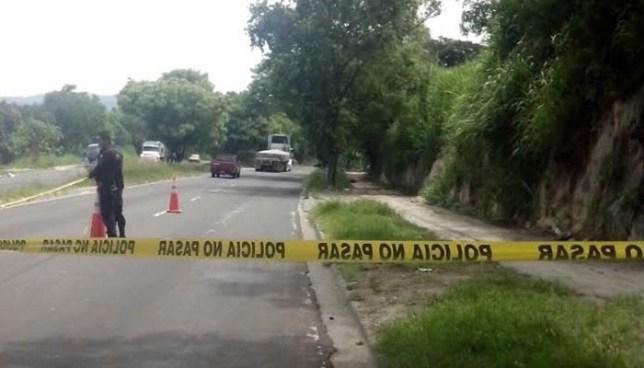 Localizan el cadáver de un hombre sobre la carretera Troncal del Norte en Ciudad Delgado