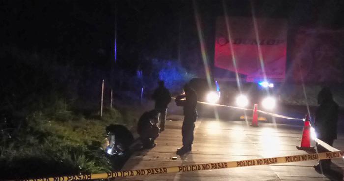 Encuentran estrangulado a un joven a orillas de la carretera Los Chorros