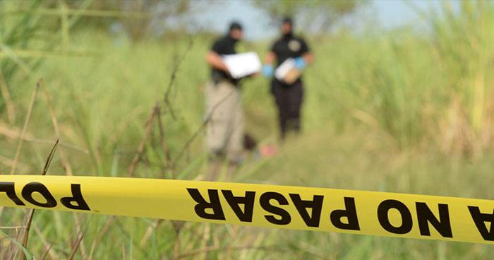 Hallan el cadáver putrefacto de una mujer en Quezaltepeque, La Libertad