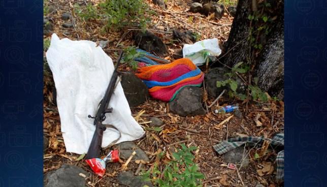 PNC incauta fusil en un campamento de pandilleros en Morazán