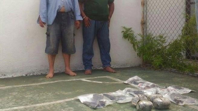 Capturan a sujeto con 6 armas de fuego y otro con varios paquetes de marihuana en Usulután