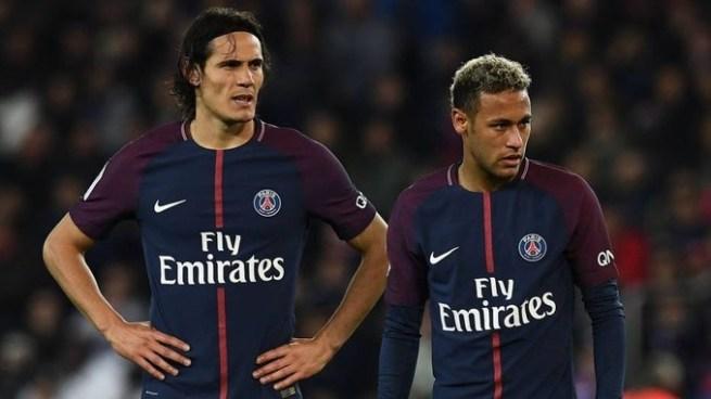 Neymar y Cavani, a punto de llegar a los puñetazos en el vestuario tras discusiones