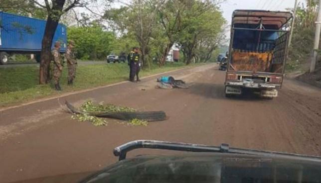 Ciclista muere tras ser embestido por un vehículo en Ciudad Arce